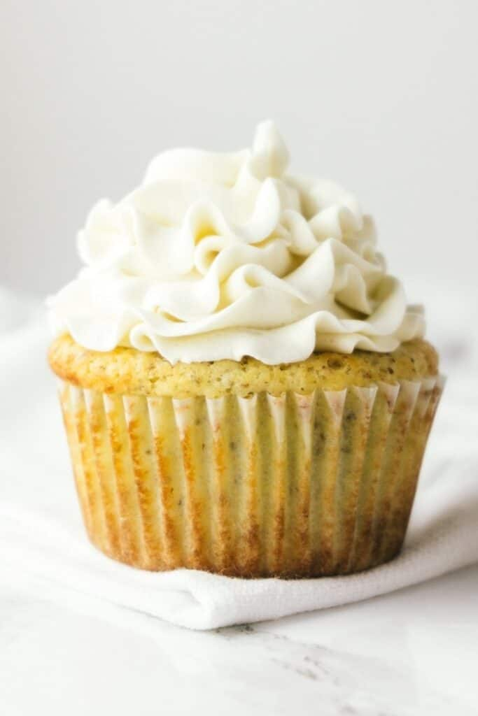 vanilla-keto-cupcakes-with-buttercream-frosting 19 of the Best Keto Cupcake Recipes